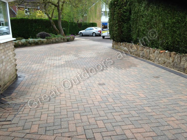 Driveway Cleaning in Leighton Buzzard, Bedfordshire