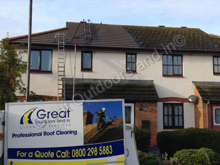 Roof Cleaning in Bedford, Bedfordshire