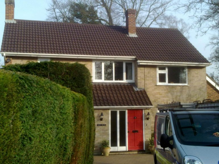 Roof Cleaning and Coating - Leighton Buzzard, Bedfordshire