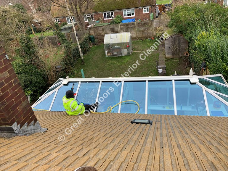 Large trees - a roof that needs regular cleaning